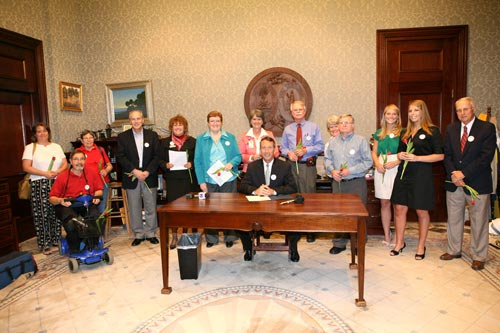 Photo of 2010 Parkinson's Proclamation Signing and Presentation Ceremony with Governor Sanford